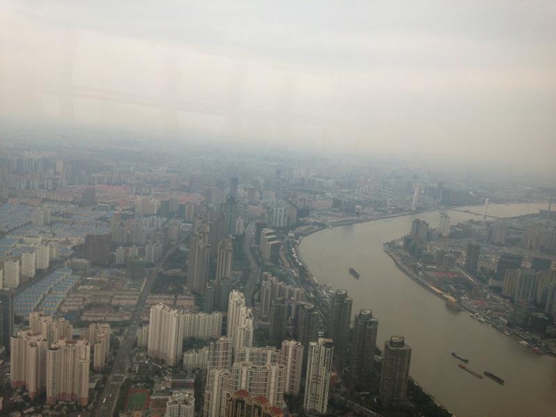 春霞の黄浦江(Huángpǔ jiāng)
