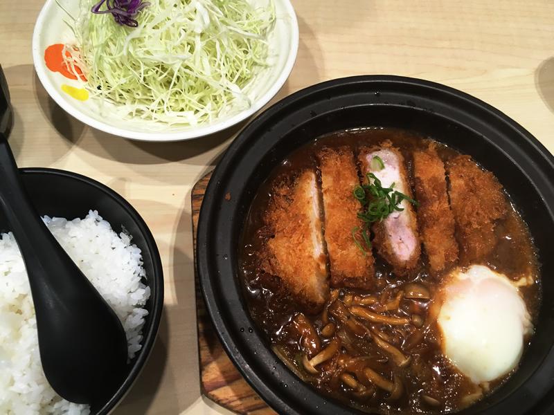 味增酱炖猪排(Zhūpái:ロース味噌かつ煮)