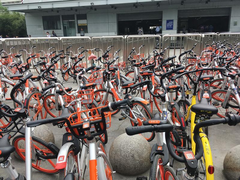 共享单车(Gòngxiǎng dānchē:シェアバイク)の行方